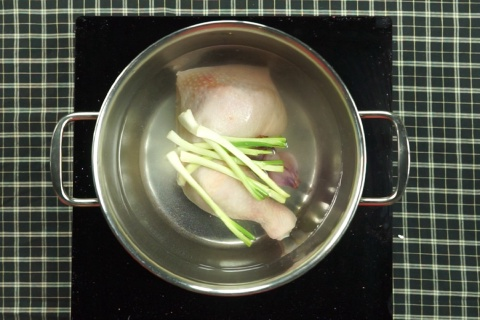 Miến gà nấu măng