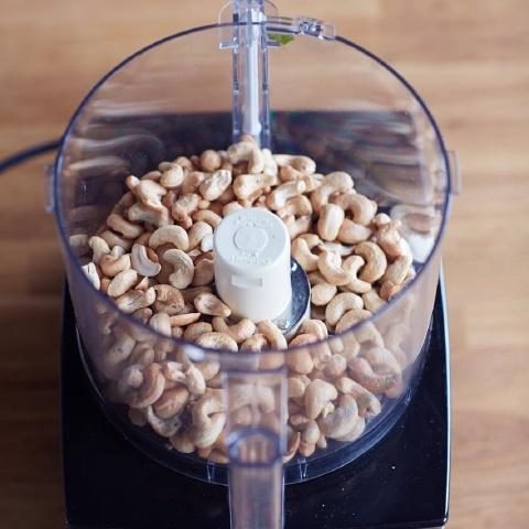 Bơ hạt điều mịn béo